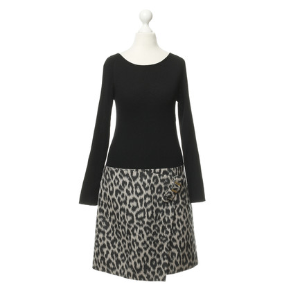 Paule Ka Leo pattern dress