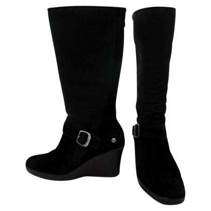 Ugg Stiefel in Schwarz