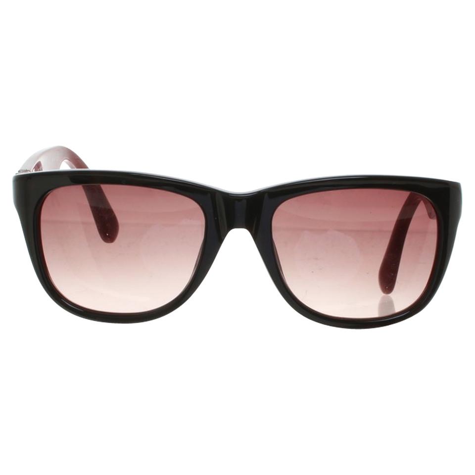 marc jacobs sonnenbrille in schwarz second hand marc jacobs sonnenbrille in schwarz gebraucht. Black Bedroom Furniture Sets. Home Design Ideas