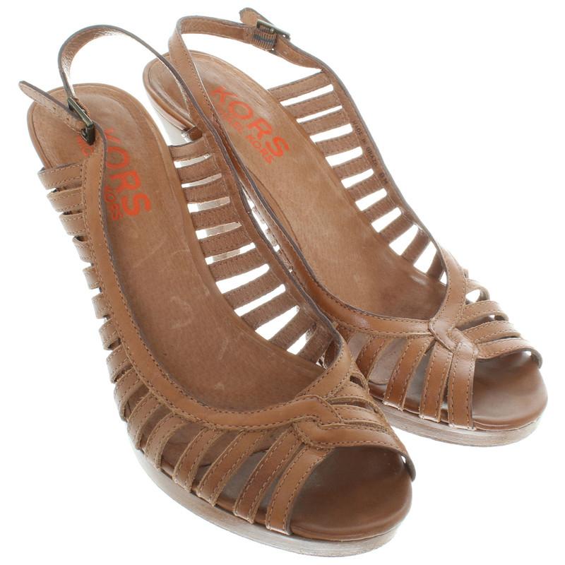michael kors romeinse sandalen in bruin koop tweedehands. Black Bedroom Furniture Sets. Home Design Ideas