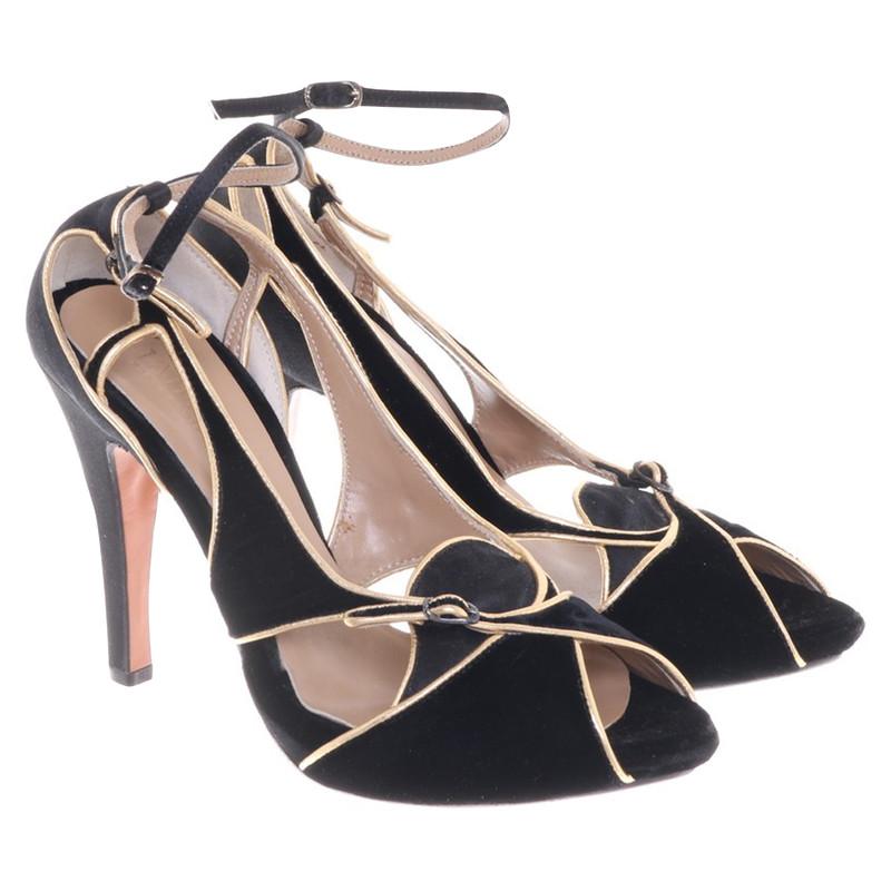 La Perla Sandals in black / gold