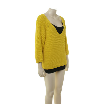 Humanoid Yellow knit pullover