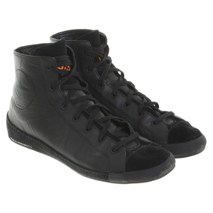 yohji yamamoto sneakers in schwarz second hand yohji yamamoto sneakers in schwarz gebraucht. Black Bedroom Furniture Sets. Home Design Ideas
