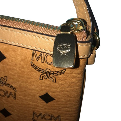 MCM clutch