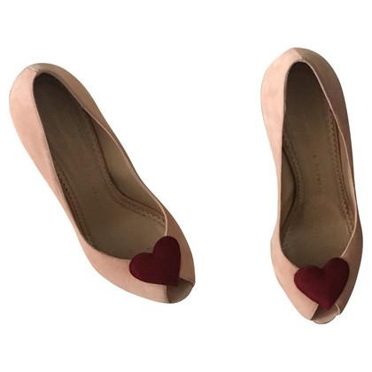 Charlotte Olympia Peep-dita dei piedi con motivo cuore