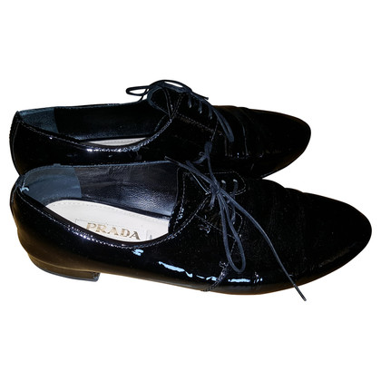 Prada Lace-up shoes in patent leather