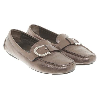 Salvatore Ferragamo Pantofola con aspetto metallico