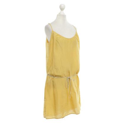 Hartford Vestito di giallo