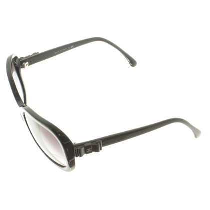Chanel Sonnenbrille in Schwarz