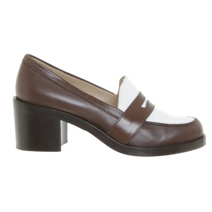 Michael Kors pumps in brown and white