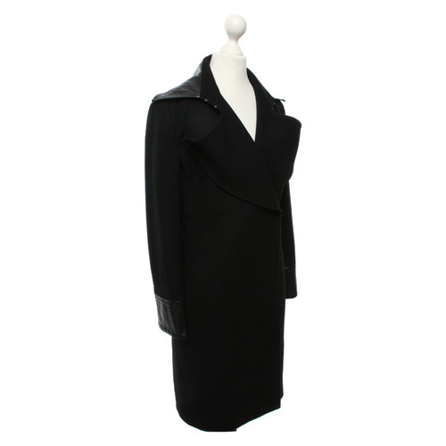 sale retailer e4343 b647a D&G Giacca/Cappotto in Nero - Second hand D&G Giacca ...