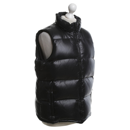 Strenesse Quilted down vest in black