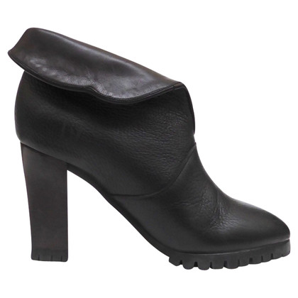 Chloé Ankle boots with cuff