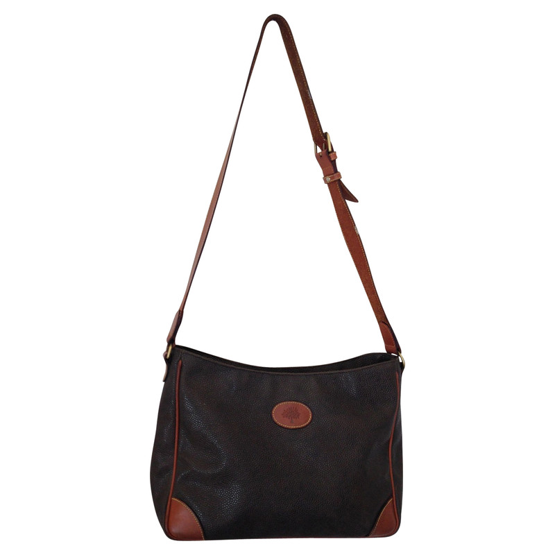 1bc5d8131d2a where can i buy mulberry emmy purse hands b2f88 39036