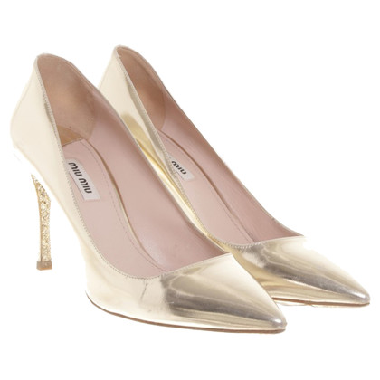 Miu Miu Goldfarbene Pumps