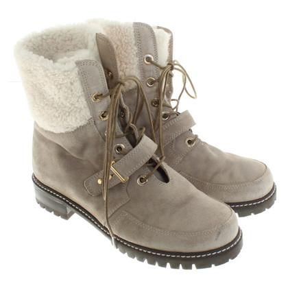 Stuart Weitzman Boots in Gray