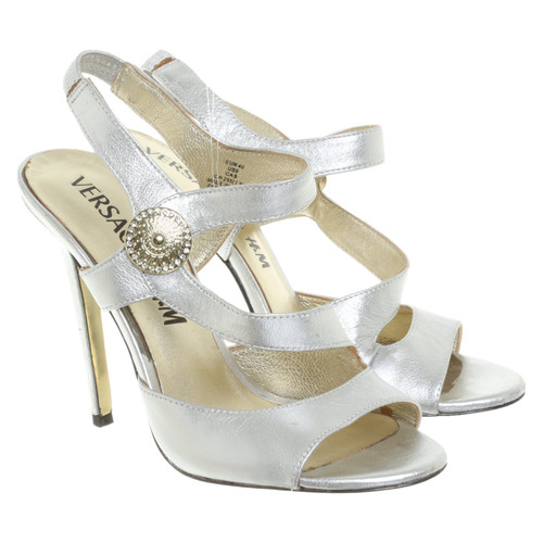 on sale e9896 4254c Versace for H&M Sandali in Pelle in Argenteo - Second hand ...