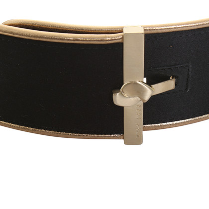 Hugo Boss Belt in black and gold