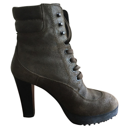 Hogan Stitched ankle boots