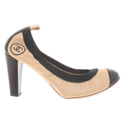 Chanel Pumps aus Leder