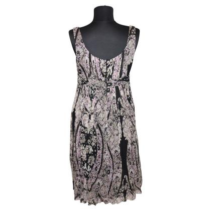 Strenesse zijden jurk afdrukken