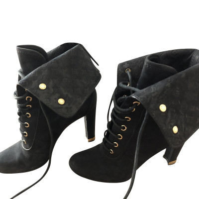 230c01cdea9da Ankle boots Second Hand: Ankle boots Online Store, Ankle boots ...