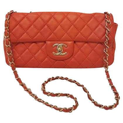Chanel Rosso Shoulder bag