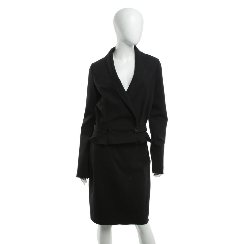 yves saint laurent robe en noir acheter yves saint laurent robe en noir second hand d 39 occasion. Black Bedroom Furniture Sets. Home Design Ideas