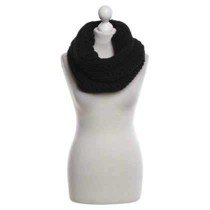 Allude Snood in zwart