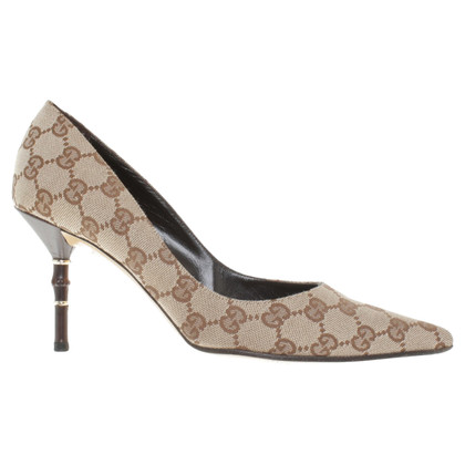 Gucci pumps with Guccissima pattern