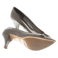 Marc Jacobs Lackleder-Pumps in Grau