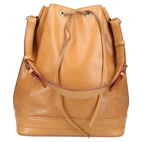 Louis Vuitton Grand Noe Epi leather - Second Hand Louis Vuitton ... c8934e642e7