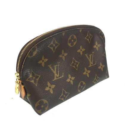 Louis Vuitton Pochette Cosmétique Monogram Canvas