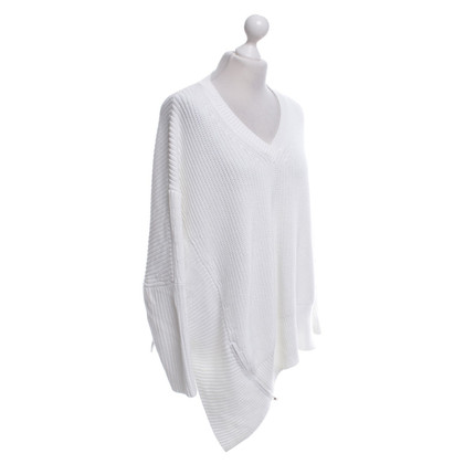 Stefanel Oversized sweater in white