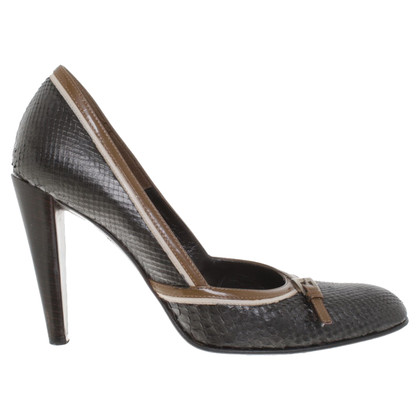 Prada Leather pumps in donkerbruin