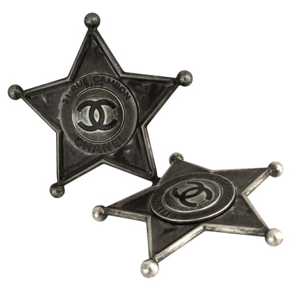Chanel 2 broches en forme d'étoile