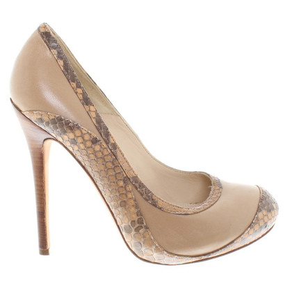 Alexander McQueen pumps in pelle