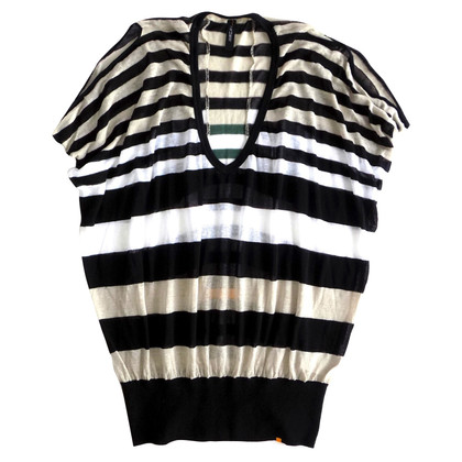 Marc Cain Knitted shirt with striped pattern