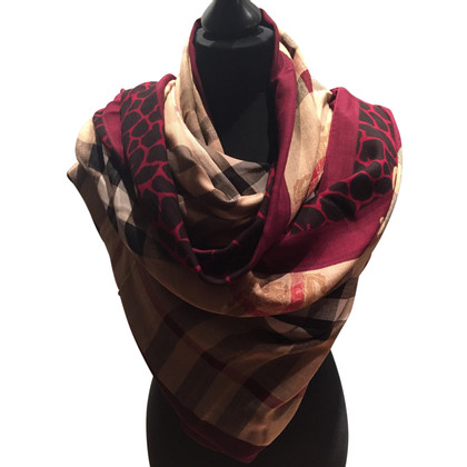 Burberry Scarf from modal and Kashmir in check