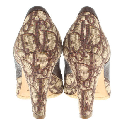 Christian Dior pumps in brown