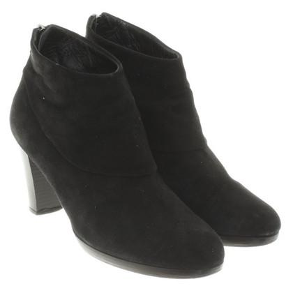 Unützer Ankle boots in black