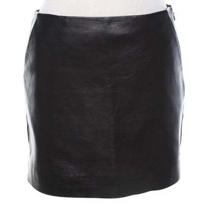Diane von Furstenberg Leather skirt in black