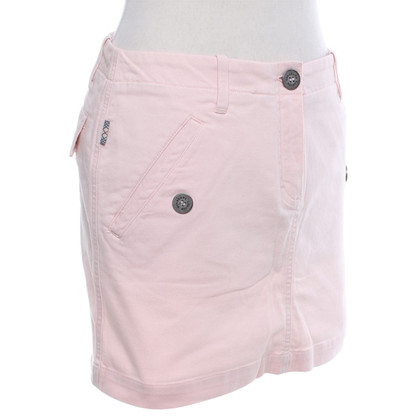Burberry skirt in pastel pink