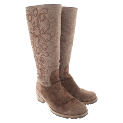 Ugg Boots in brown