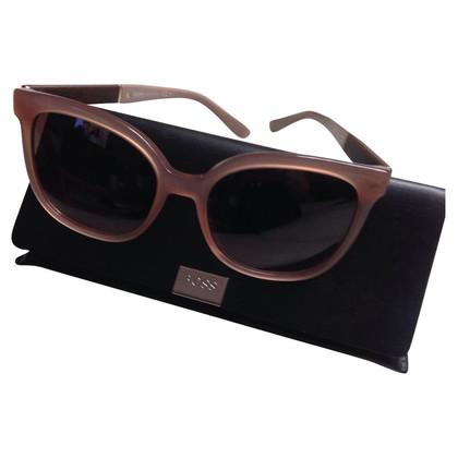 Hugo Boss classic sunglasses