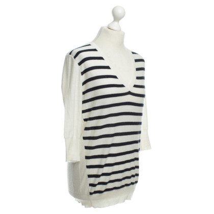 Allude Sweater with stripe pattern
