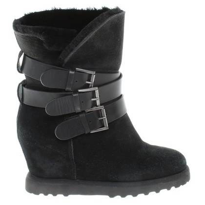 Ash Black lamsvel ankle boots