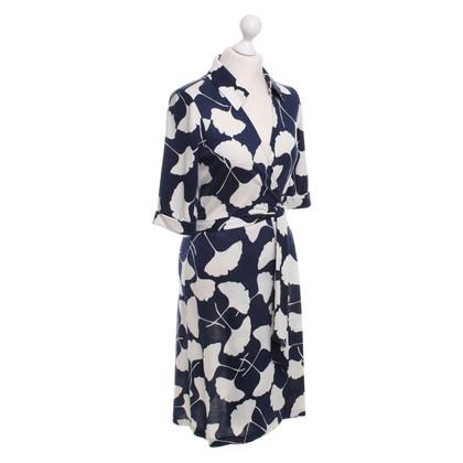 Diane von Furstenberg Zijden wikkeljurk blauw / wit