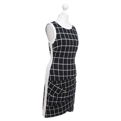 Karen Millen Dress in black / white