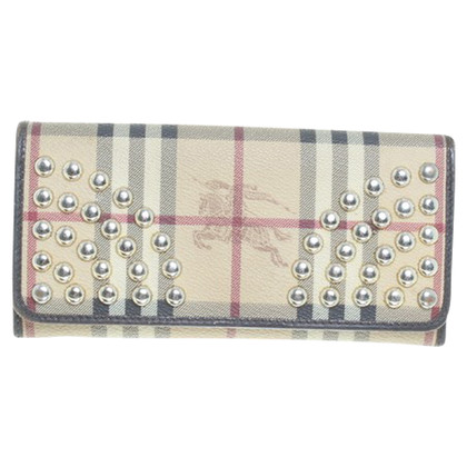 Burberry Wallet in the Nova check pattern